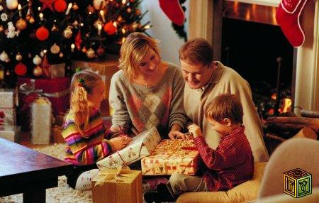 Что подарить ребёнку на Новый Год 2014